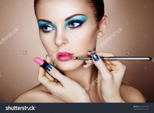 Где обучиться на макияж, наращивание ресниц индивидуально. Как выбрать курсы