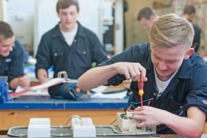 Профессия электрик. Перспективы и обучение