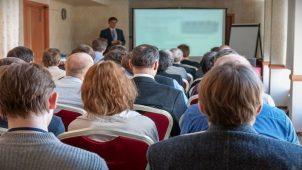 Студия которая берет учеников по ораторскому мастерству в СПб