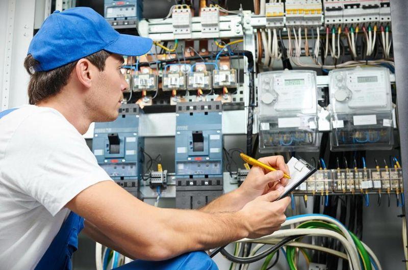 Индивидуальные курсы электрика СПб
