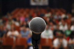 Нужно ли читать отзывы о курсах по ораторскому мастерству, школах ораторского мастерства
