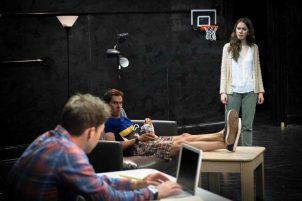 Как закончить курсы обучения актерскому мастерству на дому?