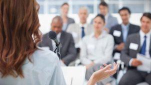 Определяемся с выбором центра, обучающего ораторскому мастерству